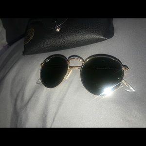 Round flat gold frame Ray-Ban sunglasses